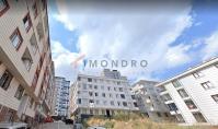 IS-607, Wohnung mit Balkon und separater Küche in Istanbul-Esenyurt